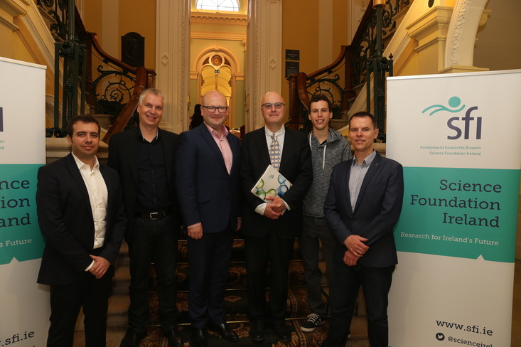 Group photo at Science Foundation Ireland, in Dublin. From left to right: Oscar Ramirez, CEO at Startup Commons; Valto Loikkanen, Co-Founder at Grow VC Group; Ged Nash, Minister of State for Business and Employment; Mark Ferguson, Director at SFI; Ben Lang, Cofounder at Mapmeapp; Eoin Costello, CEO at Startup Ireland